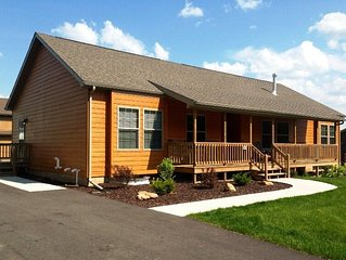 Hickory Haven * Spring Brook Resort | Pet Friendly Holiday Home | Two Master Bed