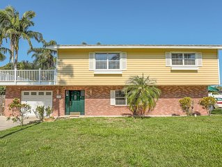 Double Story Private Home With Pool & Balcony Near Anna Maria Island: West Brade