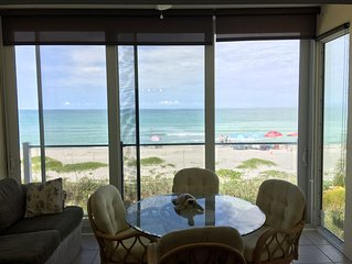Spectacular Gulf Views from 2nd Floor unit, Free Boat Docks & WiFi