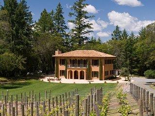 Villa Nel Bosco - Located halfway between Napa Valley and Sonoma County