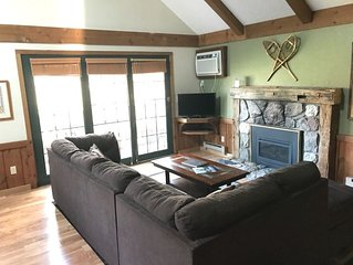 CRYSTAL MOUNTAIN CONDO (2nd floor)-Fun awaits! Inside Crystal Mtn. ski, golf, an