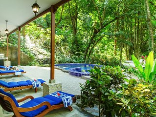 Beautiful Rainforest Home with Private Pool