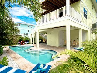Lime Kiss A! 3 Bedroom, 2 Bathroom Home Just Across The Street From The Beach