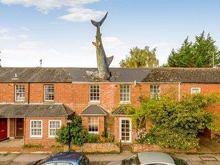 The Shark House, Oxford, Central Headington - Sleeps 12 Guests, 4 Bathrooms