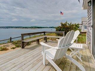 Waterfront home w/deck, patio, bay views & direct beach access!
