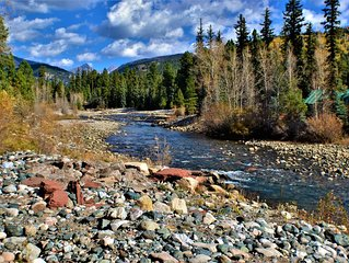 Spacious Cabin Right on Vallecito Creek with Gorgeous Views