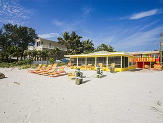 Direct Beach Front Cottage and August Availability! White Sands: 2 BR / 2 BA