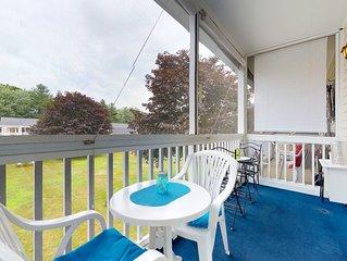Studio-style condo w/ screened balcony & seasonal pool!