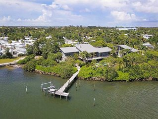 Large Luxury compound, Oversized heated pool,Deep water boat dock!