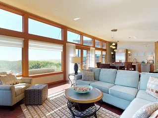 Oceanfront beach home with hot tub, free WiFi and great ocean views!