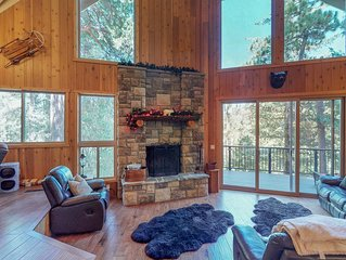 Gorgeous hillside home w/ private hot tub & game room - dogs OK!