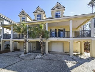 Short Walk To The Beach w/ Large Pool & Lounging Deck in Prime Location!