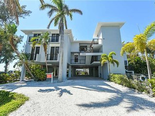 Direct Gulf Front with September Availability! The Beach Front: 3 BR/2.5 BA