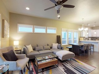 Spacious home close to downtown and hiking trails - perfect for families!