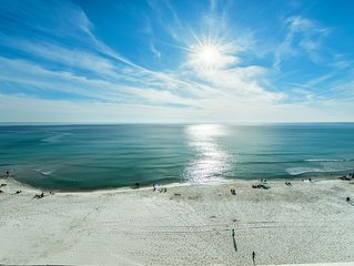 Celadon 703- Gulf Front for 6!☀BeachFront Pool☀Book for Thanksgiving! FunPass!