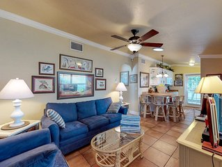 Charming condo w/ patio, grill & shared pool - 1 block to the beach & trolley!