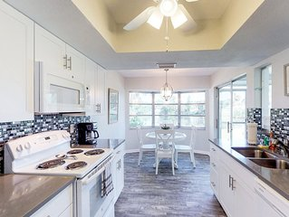 Recently renovated home in quiet neighborhood, quick drive to Siesta Key Beach!
