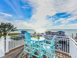 Avalon - Steps from the beach!