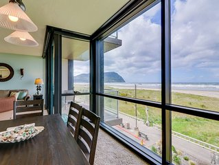 Renovated family-friendly oceanfront condo w/ views & pool - walk to the beach!