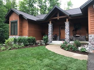Beautiful Home, 4 Bedroom, 4 Bath - Ski-in/Ski-out, Golf, Hike and More!
