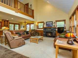 Two neighboring homes - with private hot tub, great location near beach!