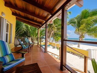 Casa De Bonita beach house. Great location near Secret Beach - Perfect for famil