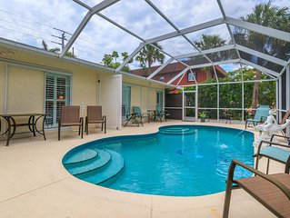 New Spring & Summer Rates Dally-  Pool home 1/2 block from the Gulf (pet friendl
