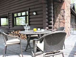 Enjoy the Privacy of a Lost Creek Cabin - Book for Your Summer Retreat Today!