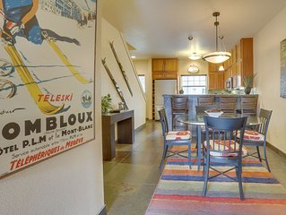 Modern, updated condo w/shared pool/hot tub, easy access to skiing