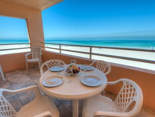 Enjoy Stunning Sunset Views right from your balcony!☼