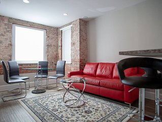 Apt ideally situated in DC    walk to metro, Dupont, Logan, & monuments!
