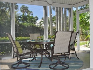 Kick Back & Relax - King & Queen Beds in Our Adorable Ground Floor Siesta Key Be