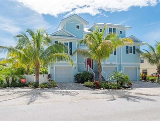 Private Pool, Gulf Water Views, and August Savings! Tiki Beach: 6 BR / 5.5 BA