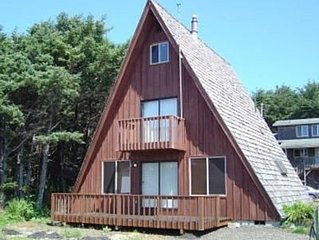 The Kite - Comfortable Yachats Home