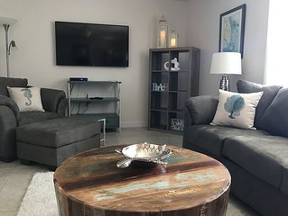 New Melbourne Beach- Direct Oceanfront Suite - Pets Welcome