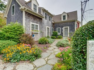 Beautiful Cape Cod getaway with standard home comforts - 2 blocks to beach!