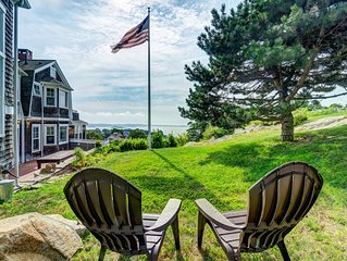 Inviting apartment with harbor views, fireplace, patio, & gas grill!