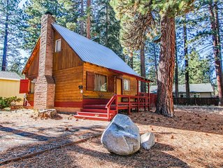 Dog-friendly Lake Tahoe cabin w/ fenced-in yard, fireplace, & gas grill!