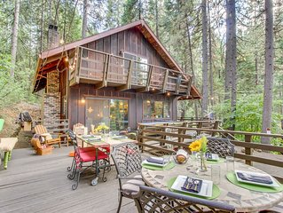Dog-friendly cabin in Lilac Park with shared pool, free WiFi, near skiing