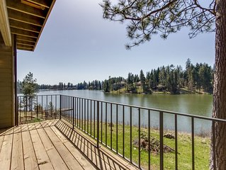 Private lakefront shared home with dock access - close to golfing + theme parks