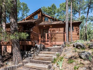 Double Shot Cabin, 2 Bedrooms, Sleeps 4, Deck, WiFi