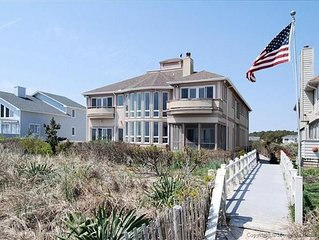 Grand Oceanfront Villa in North Bethany
