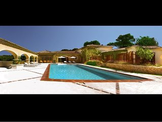 Hacienda provencal - Piscine interieure et exterieure chauffee, sauna, jacuzzi