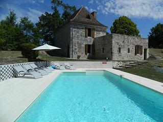 Gite avec piscine privée pour 6 personnes dans un site privilégié