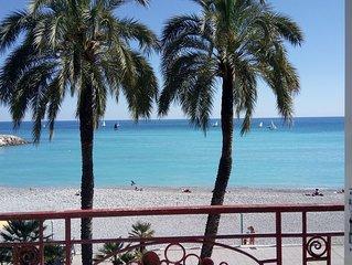 LAURIE'S DREAM:  face à la plage, clim & wifi, balcon & terrasse, proche de tout