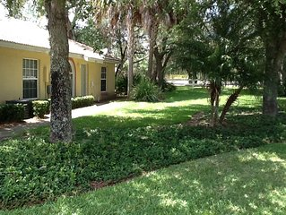 Lake Marion Resort Villa - pool/jacuzzi/clubhouse - only 45 minutes to Disney!