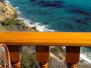 Ocean Front Villa Hamilton Cove