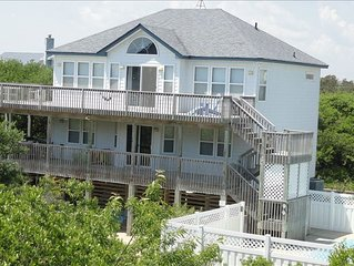 Secluded, socially-distanced ocean getaway. Pool/hot tub. Walk to beach in 4 min