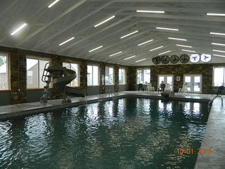 Breathtaking View! Indoor Pool, Hot Tub, Fireplace, Firepit! Chatt. TN 21 miles
