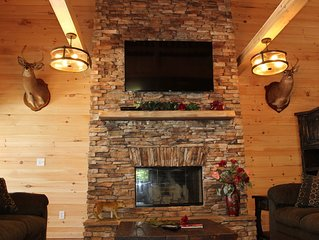 Pool *Indoor Heated* Heavenly View! Hottub, Fireplace, Firepit! Chatt TN 21 mile